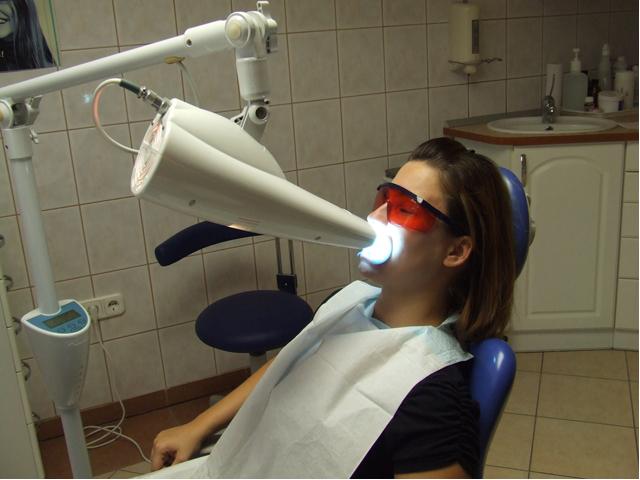blanchiment des dents tunisie esth tique des dents devis et tarif. Black Bedroom Furniture Sets. Home Design Ideas